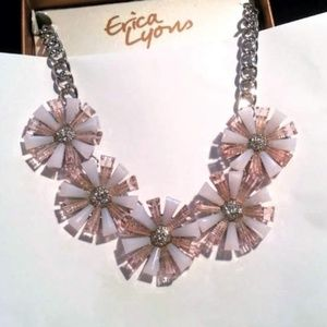 Erica Lyons pink opalescent flowr necklace set NWT